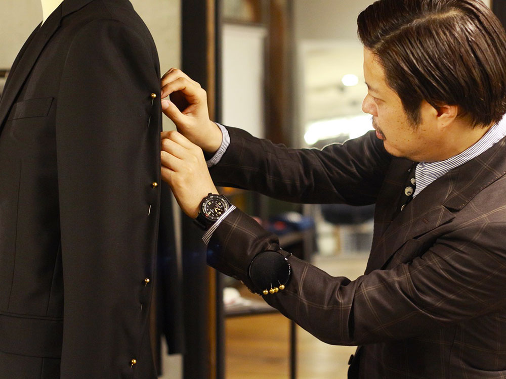 01 Custom-made suit